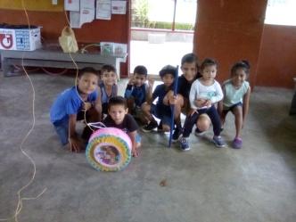 La Esperanza kids' xmas party 3